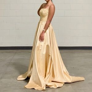Gown, Dress.